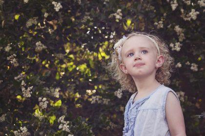 girl main 420x280 - Czym smakuje dziecko, czyli fobie spożywcze i alternatywne źródła cukru