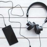 headphones 150x150 - Pocztówki dźwiękowe. Muzyka XXI wieku