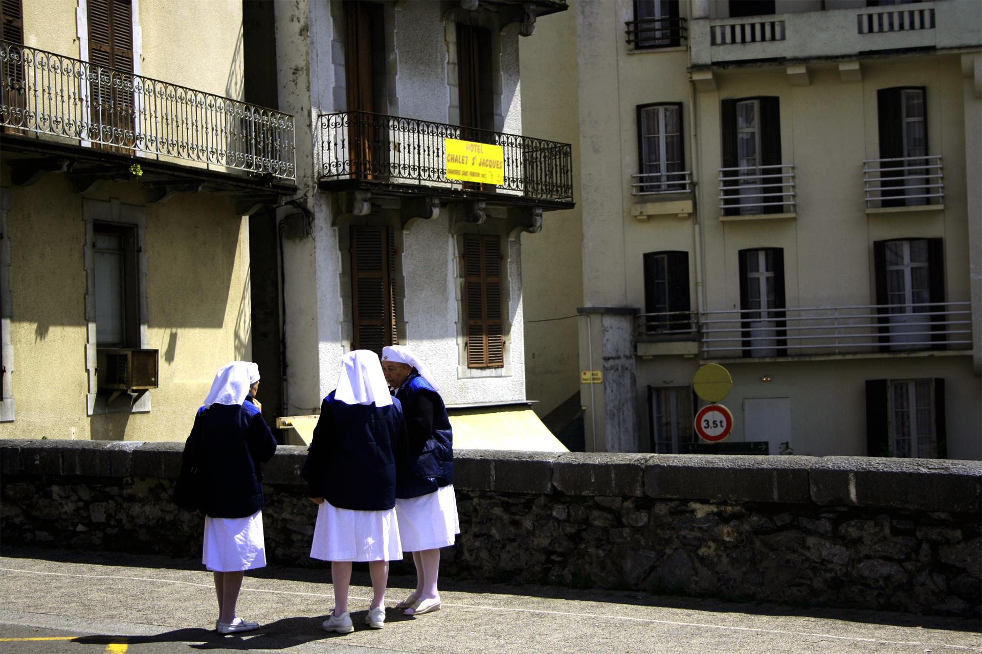 zakonnice - Zakonnice odchodzą po cichu. Strażniczki patriarchatu i współczesne niewolnice
