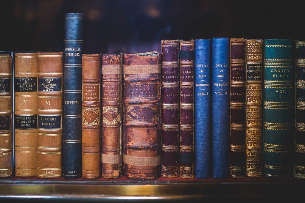 law2 1024x683 - Czy warto (było) studiować prawo?