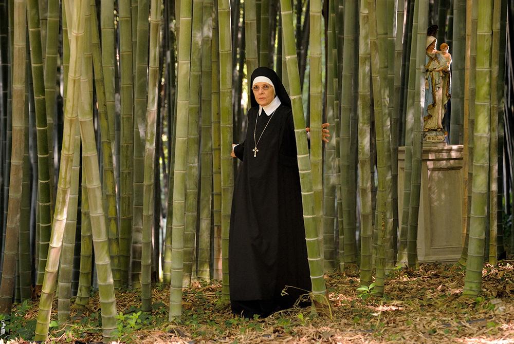 theyoungpope sistermary - 5 myśli o Młodym Papieżu