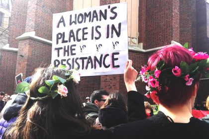 resistence1 420x280 - Prawdziwe kobiety vs. te straszne feministki. Czyli po co jest Dzień Kobiet