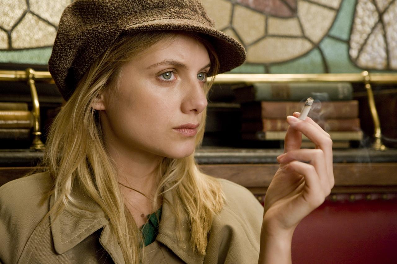 Melanie Laurent Smoking - Kto zagrałby w moim filmie?