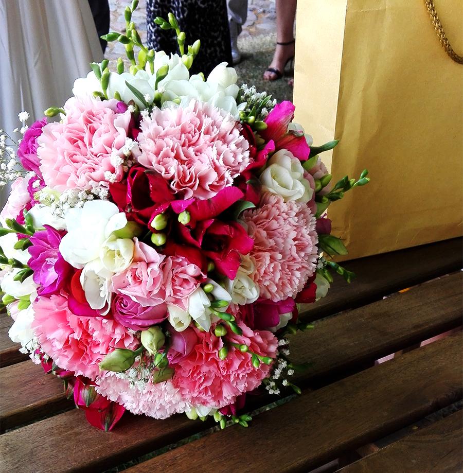 kwiaty - Czy zabierać dziecko na wesele?