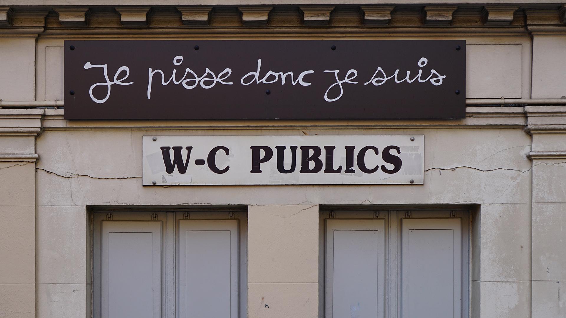 kibelek - Co powinno się znaleźć w każdym publicznym kiblu