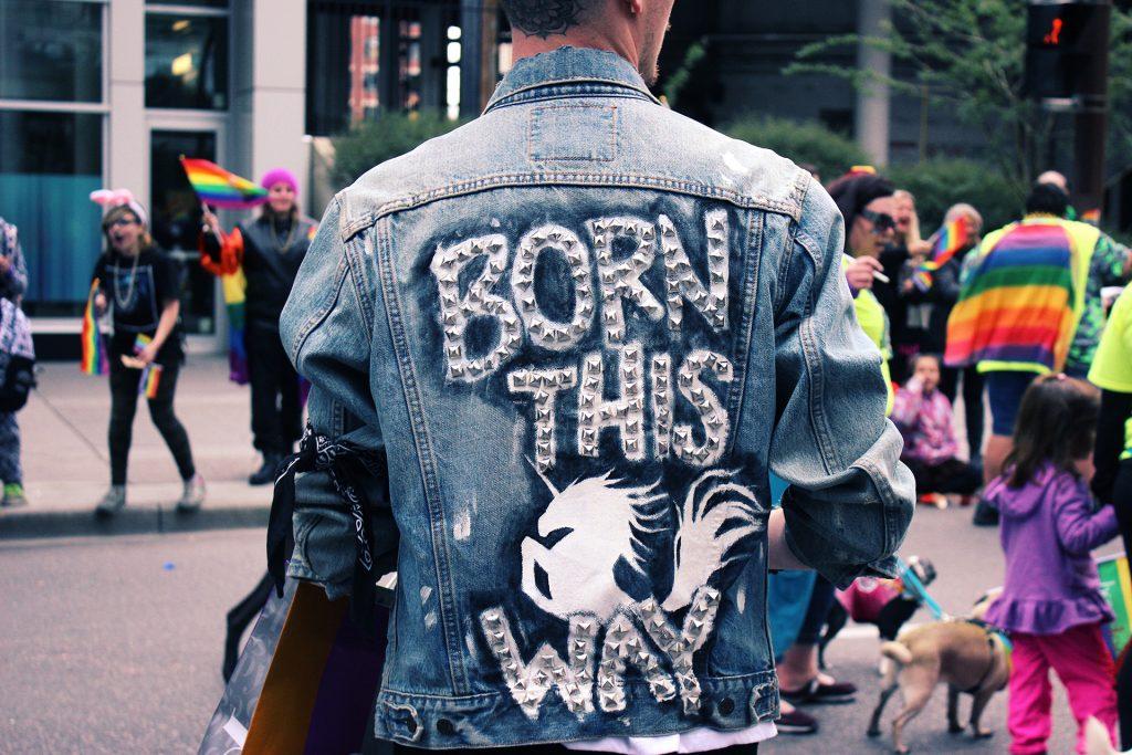 2unicorn 1024x683 - Korporacja i homofobia. O pink washingu i trudniejszej stronie tęczy